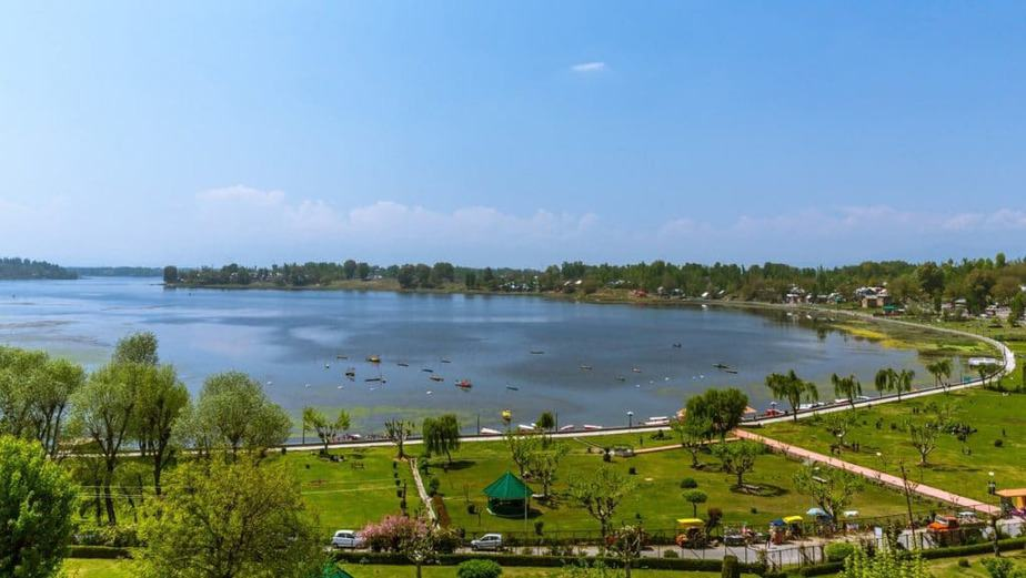 Manasabal Lake